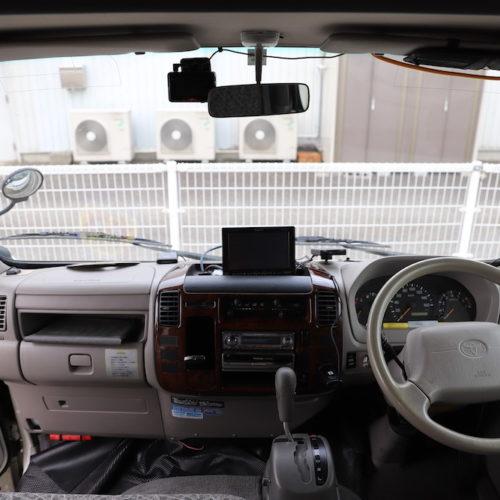 ナビ、ETC、ドライブレコーダー完備となっております。