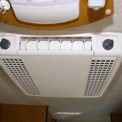外部電源使用時のみ使用可能なリアクーラー完備です!